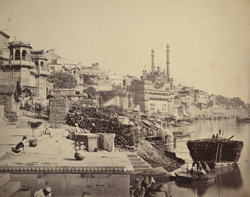 The great mosque of Aurungzebe and adjoining Ghats, Benares.